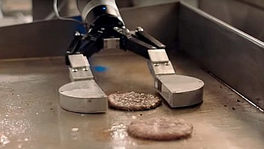 Burger perfect, gătit de un robot