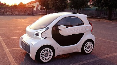 O clonă de Smart. Un automobil electric printat 3D