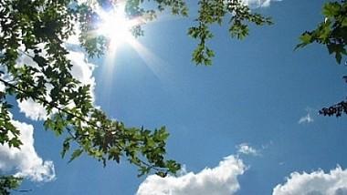 Тепло и солнце на Радуницу