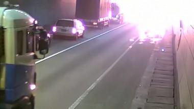 Coreea de Sud: Mai multe mașini au ars într-un tunel
