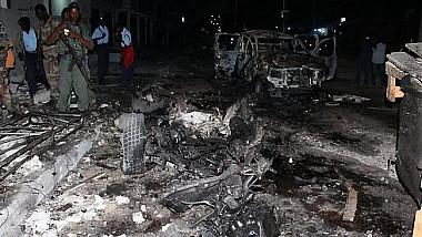 Atentate cu bombă în Somalia. Cel puţin 15 oameni au murit