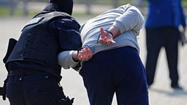 Trei cetăţeni turci, între care un minor, expulzaţi din Moldova