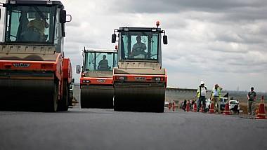 В селе Дрэгушены, Страшенского района ремонтируют дороги