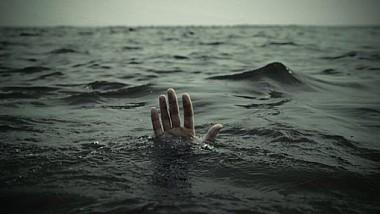 Un tânăr de 18 ani din Republica Moldova, care lucra în staţiunea Neptun din Constanţa, găsit înecat în mare