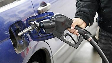 Se scumpesc carburanţii. ANRE a stabilit un nou preț plafon pentru două săptămâni