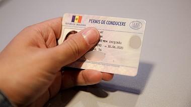 800 de euro pentru eliberarea unui permis de conducere. Un bărbat din Cantemir este cercetat pentru trafic de influenţă