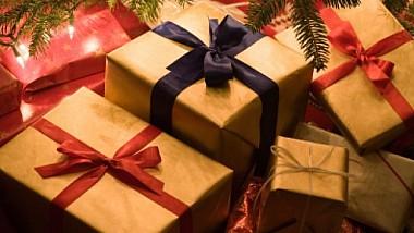 """Dar din dar se face rai! Copiii dintr-o familie din raionul Căuşeni au primit cadouri de la """"Edelweiss"""""""