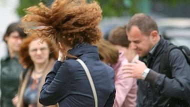 Atenţie! Meteorologii au emis Cod Galben de vânt, valabil pe întreg teritoriul țării