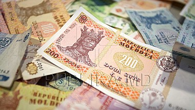 Datele Biroului Naţional de Statistică: Moldovenii cheltuie tot atât cât câştigă
