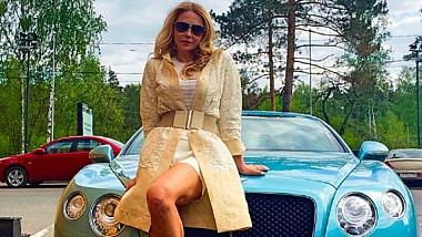 """Mașini de lux procurate pentru Platon, din banii furați din """"spălătoria rusească"""""""