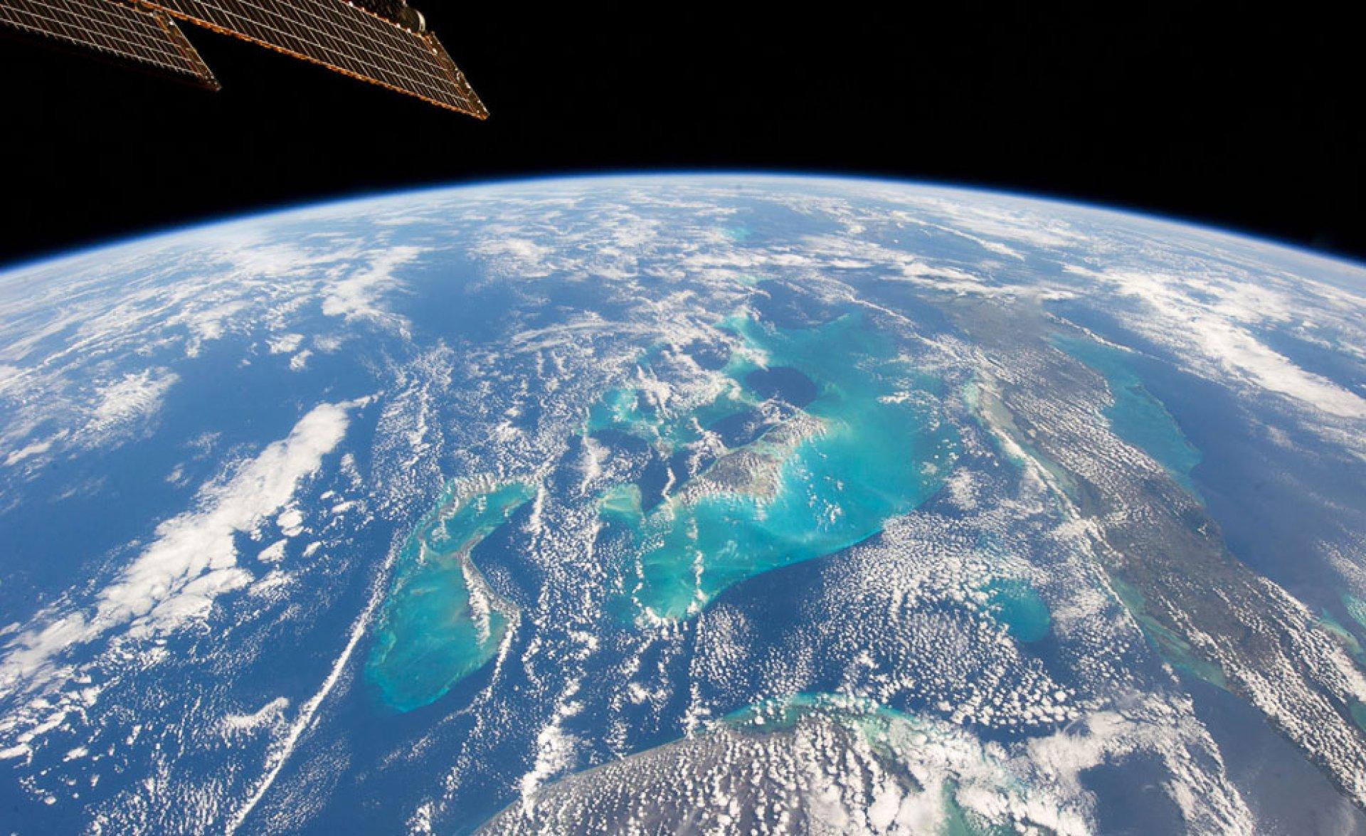 earth orbit video - HD1920×1175