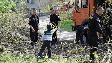 Chișinăul, curățat de angajații MAI. În trei zile aproape toate urmele intemperiilor au fost șterse