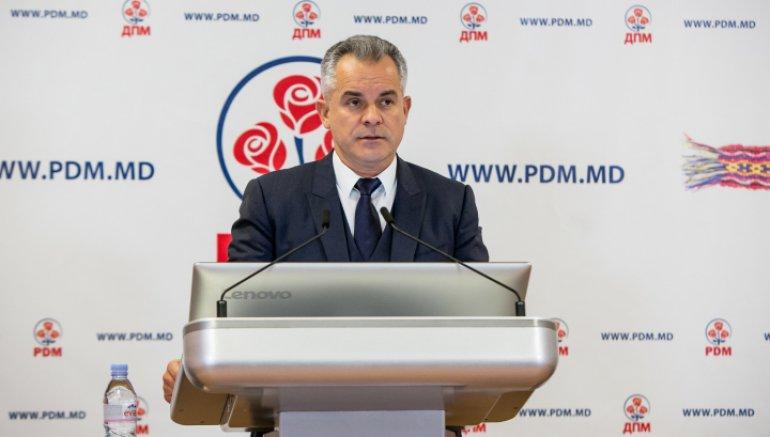 Infirmat! Liderul Partidului Democrat, Vlad Plahotniuc, NU este vizat în nicio cauză penală peste Prut