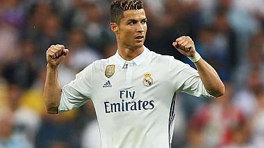 Cristiano Ronaldo şi-a anunţat plecarea de pe Bernabeu la finalul sezonului următor