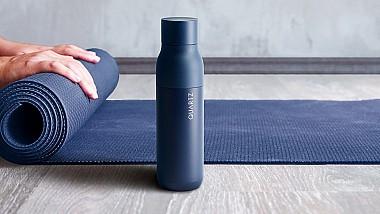 Sticla care purifică apa