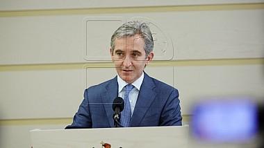 Moţiunea simplă împotriva viceprim-ministrului pentru Integrare Europeană, Iurie Leancă, depusă de socialişti şi comunişti, a picat