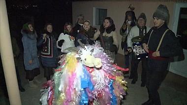 În ajun de Sfântul Vasile, pe la sate, cete de urători au mers din casă în casă să vestească sosirea anului nou pe stilvechi