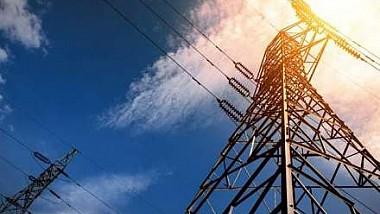Tarifele pentru energia electrică ar putea fi reduse pentru consumatorii casnici cu 5,5 la sută