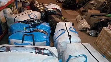 Dosar pentru contrabandă cu haine. Trei locuitori ai municipiului Comrat au importat bunuri de larg consum ocolind vama