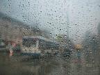 После жары приходят ливни и град. В Молдове объявлен желтый код метеоопасности в связи с резким изменением погоды
