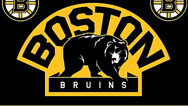 Când înnebunești de fericire! Un fan al echipei de hochei Boston a sărbătorit victoria favoriților săi, făcând scufundări... într-o băltoacă