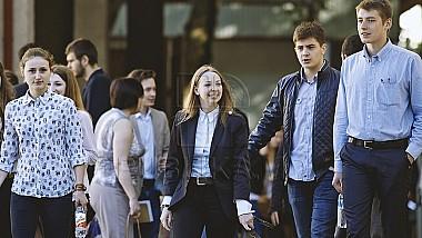 50 cei mai buni studenţi din Republica Moldova, premiaţi cu burse de merit