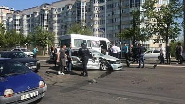 Accident în lanț pe bulevardul Grigore Vieru din Capitală