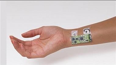 Un dispozitiv ajută oamenii să-și măsoare rapid nivelul de alcool din sânge