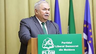PLDM: rating zero, salarii mari