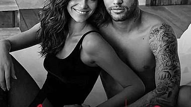 Neymar a fost protagonistul şedinţe foto, alături de un top-model de toată frumuseţea