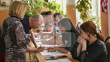 Observatorii Promo-LEX au depistat primele încălcări la secţiile de votare