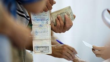 Locuitorii din Bălţi şi Chişinău care nu dispun de acte valabile, pot ridica gratuit buletine de identitate provizorii pentru a vota