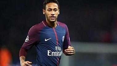 Şeicii de la PSG neagă zvonurile precum că vedeta lor Neymar, ar putea să părăsească clubul francez