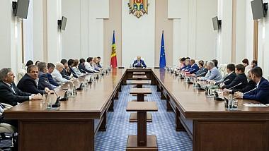 Pavel Filip: Cheia succesului în crearea unui mediu de afaceri atractiv constă în dialogul şi colaborarea guvernului cu oamenii de afaceri