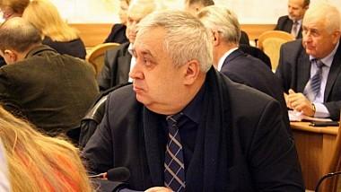 Fostul şef al Direcţiei generale locativ-comunale şi amenajare a Primăriei Chişinău, Petru Gontea, a fost condamnat la 7 ani de inchisoare cu executare