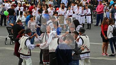 Праздничное настроение сегодня и у жителей Фэлештского района. В селе Мэрэндень отмечают Храмовый праздник