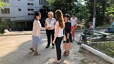 """Campania """"Fă ceva bun pentru Chişinău"""", lansată de Silvia Radu, continuă. Un teren de joacă modern, amenajat în Buiucani"""