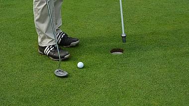 Teren de golf în orice curte. O companie americană transformă visele în realitate