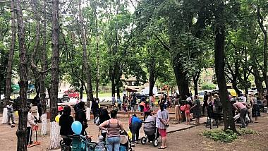 Încă un teren de joacă a fost construit în sectorul Buiucani în cadrul Campaniei Fă ceva bun pentru Chişinău lansate de Silvia Radu