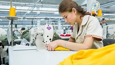 В Бельцах открыли швейную фабрику. Завод заработал благодаря вложениям, создав более семисот рабочих мест