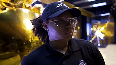 Ingineră NASA pasionată de muzica rap