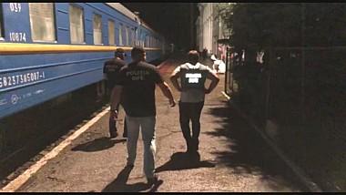 Trei angajaţi ai Căilor Ferate au fost reţinuţi pentru contrabandă cu ţigări