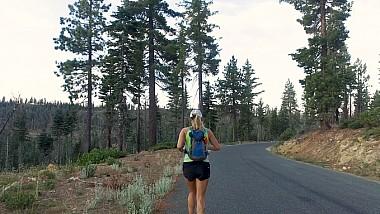 Maratonista amatoare. O femeie din California și-a propus să transforme distanța dintr-un capăt în altul a statului american într-o cursă de alergări