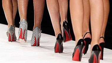 Producătorul de pantofi de lux, Christian Louboutin, a câştigat procesul privind dreptul exclusiv de folosire a tălpilor roşii
