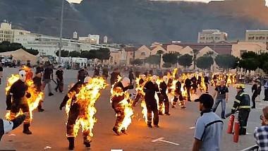 32 de cascadori au acceptat provocarea de a arde... la propriu, fapt pentru care au fost incluși în Cartea Recordurilor