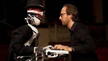 Duel muzical inedit. Roberto Prosseda și-a pus talentul și profesionalismul la încercare în fața unui rival-robot