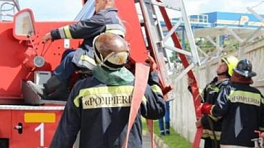 Pompierii moldoveni vor interveni la lichidarea incendiilor şi în câteva localităţi din România