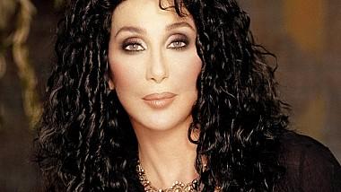 Cântăreaţa şi actriţa Cher a anunţat că va lansa un album cu coveruri ale unor hituri ale celebrei trupe ABBA