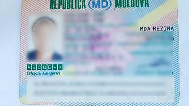 Un moldovean timp de 16 ani a circulat cu permisul de conducere falsificat